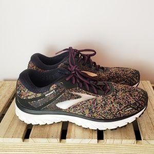 Brooks GTS-18 Shoes sz 9.5 Medium (B)